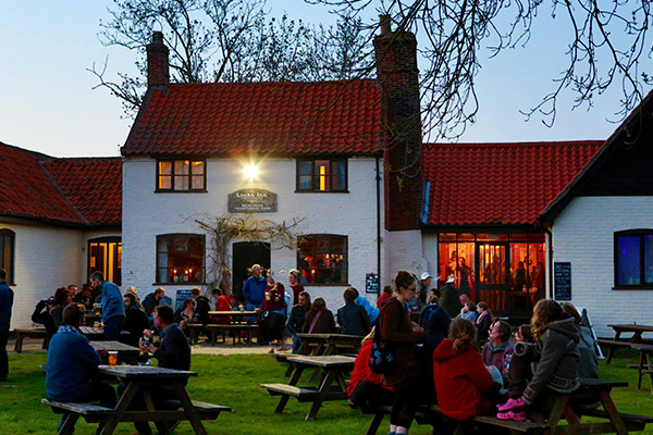 Tales and Ales Geldeston Locks Suffolk | The Society for Storytelling